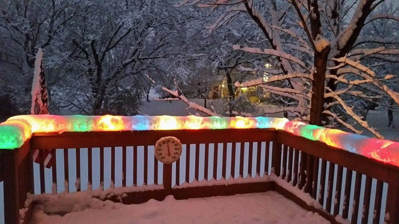 christmas-lights-encased-in-snow-after-snowstorm-in-chicago